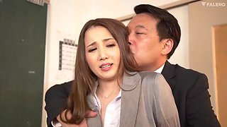 FSDSS124 Ayaka Tomoda MemoJav.com A Perverted Female Teacher Who Loves D***king Sperm Special D***king Class