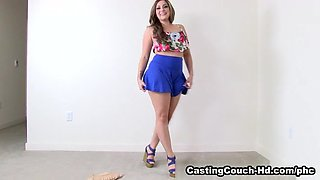 CastingCouch-Hd Clip: Valentina