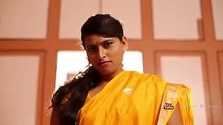 INDIAN HOT AUNTY ROMANCE WITH HER BOSS