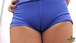 Huge Natural Breasts Teen Has Massive Cameltoe in Lycra Span