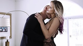 Kenzie Taylor's unique approach to rough sex is a must-see