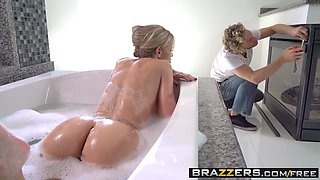 Brazzers - Real Wife Stories - Jessa Rhodes and Michael Vegas -  Rich Bitch Has An Itch