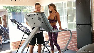 Bootyful and ample breasted fitness chick Reena Sky is fucked at the gym