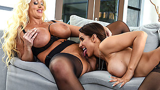 Brazzers – The Cuntry Club