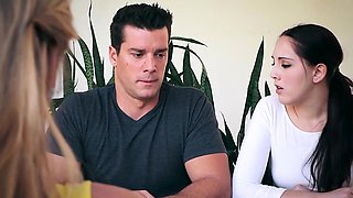 Brazzers - Real Wife Stories -  Neighborwhore