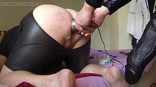 Mistress pov 17 mr cock 30 cm as strapon. xxl mystim plug