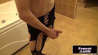 stockinged amateur crossdresser jerking off