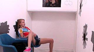 Hannah Hays Sucks Big Black Cock - Gloryhole
