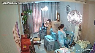 Hackers use the camera to remote monitoring of a lover's home life.375