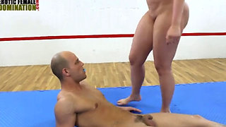 faccesitting mixed wrestling