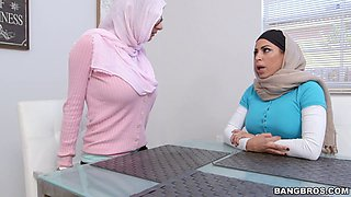Julianna Vega and Mia Khalifa wearing headscarves share a dick