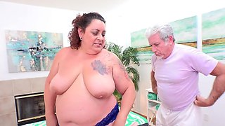 Fat Auntie Lacy Bangs Special Rubdown