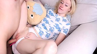 Blonde fucking and kissing her bf and gets orgasm on cam