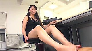 Japanese Footjob Cum 4 Times