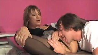 Nasty granny seduces a hot boy to lick her aged cunt