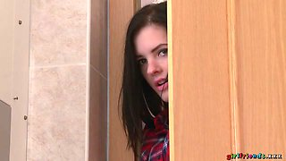 Anie Darling & Daisy Lee & Miky Love in Girl spies bathroom pussy eating - Girlfriends