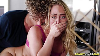 Sexy oblivious pussy hammering with Carter Cruise