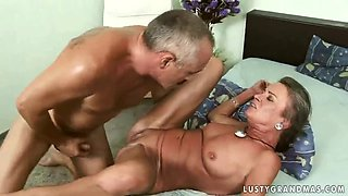 Horny granny getting her ass drilled