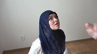 Rich muslim lady