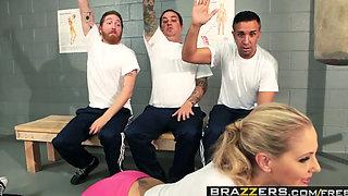 Brazzers   Big Tits In Sports   Julia Ann Keiran Lee   Lean Mean Fucking Machine