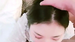 Innocent chinese girl give a good blowjob
