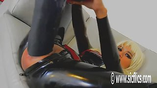Helen huge cunt insertion