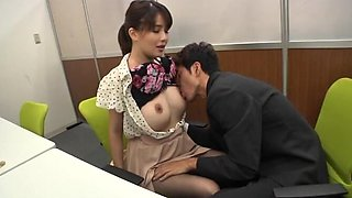 Sweet Takaoka Sumire moans while getting her pussy eaten out