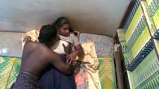 Hot Kerala School Girl MMS