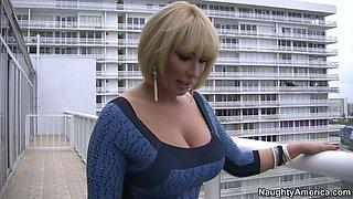 Busty mature goddess Mellanie Monroe facesits her lover