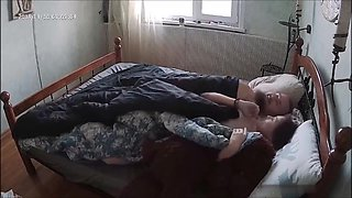 Amateur couple in their Bed morning sex